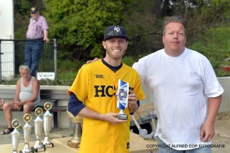 chris_pfau_pitcher_prijs_urbanus_toernooi